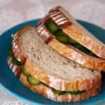 かき醤油浅漬けの素の浅漬けでカンパーニュのサンドイッチ